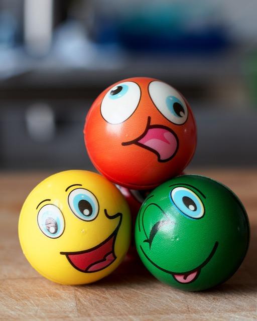 balls-4532060_640